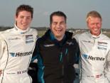 Teamchef Aka mit Fahrern Estre und Thiim