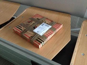 Pizzakarton als Hermes Paket