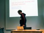 'Wie ich 25 kg mit iPhone Apps & Internet abnahm' mit Lars Brücher