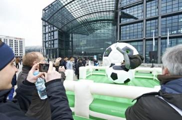 Hermes Fan Tour Berlin Fußball Rodeo