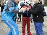 Hermes Fan Tour Köln Artist Ball Kinder