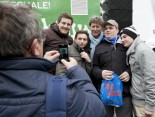 Hermes Fan Tour Köln Toni Schumacher Foto mit Fans