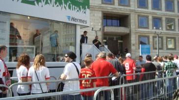 Hermes Fan Tour Stuttgart Meisterschalen Truck