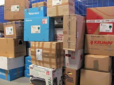 Packmee Kartons in der Hermes Zentrale