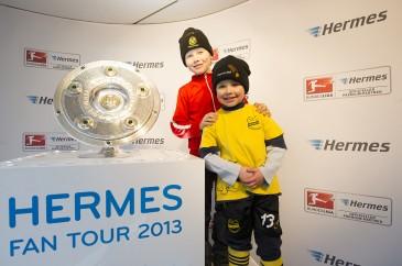 Hermes Fan Tour Meisteschalen-Foto