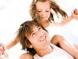 Hermes Beruf und Familie Vater mit Kind