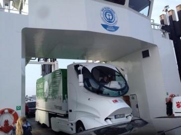 Der Meisterschalen-Truck auf Fähre nach Norderney