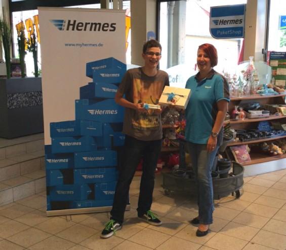 Gewinnübergabe im Hermes PaketShop